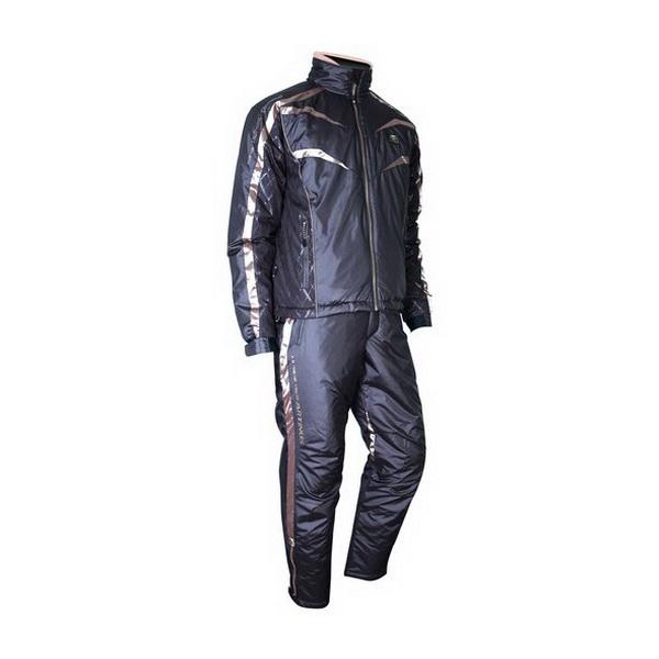 КостюмArtinus DuPont ComforMax Exkin platinumр-р4L (черный с зол.)AUJ-330 (83501)Костюмы/комбинзоны<br>Artinus AUJ-330 — костюм, изготовленный с использованием передовых технологий ComforMax, Exkin Platinum и Teflon, который позволяют костюму долго сохранять тепло, эффективно отталкивать воду и делают его чрезвычайно устойчивыми к износу.<br>