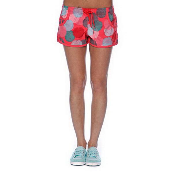 Шорты для плавания Roxy Poka Polka Mid BS, SБрюки/шорты<br>Пляжные шорты модных и ярких расцветок. Подходят для повседневной носки в городе и на природе, а так же для пляжа. Благодаря свободному и продуманному покрою, не стесняют движений во время плавания.<br>