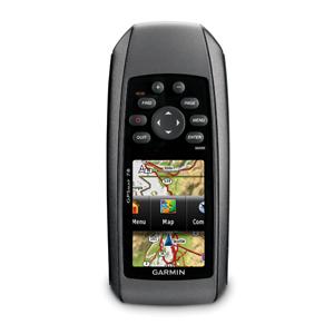 Портативный навигатор Garmin GPSMAP 78Туристические GPS навигаторы<br>Прочный навигатор GPSMAP 78, предназначенный для любителей водного спорта, включает в себя четкие цветные карты, высокочувствительный GPS-приемник, новые боковые ручки из литой резины, а также слот для карт памяти microSD<br>