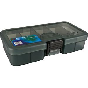 Коробка Tsuribito TF1331CКоробки<br>Удобная пластиковая коробка Tsuribito для хранения и транспортировки приманок. Коробка имеет 5 фиксированных отделений. Размер  13,8 х 7,7 х 3,1см.<br>