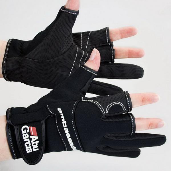 Перчатки Abu Garcia неопреновые, размер XLВарежки/Перчатки<br>Неопреновые перчатки для любителей ловить рыбу на спиннинг в холодное время года. Изготовлены из текстурной ткани, которая обеспечивает мягкое сцепление с удилищем.<br>
