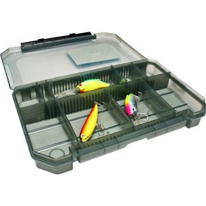 Коробка Tsuribito MP3523BКоробки<br>Удобная пластиковая коробка Tsuribito для хранения и транспортировки приманок. Коробка имеет 10 съемных перегородок, которые позволяют изменять размер каждого отделения. Размер  37,5 х 23,5 х 5см.<br>