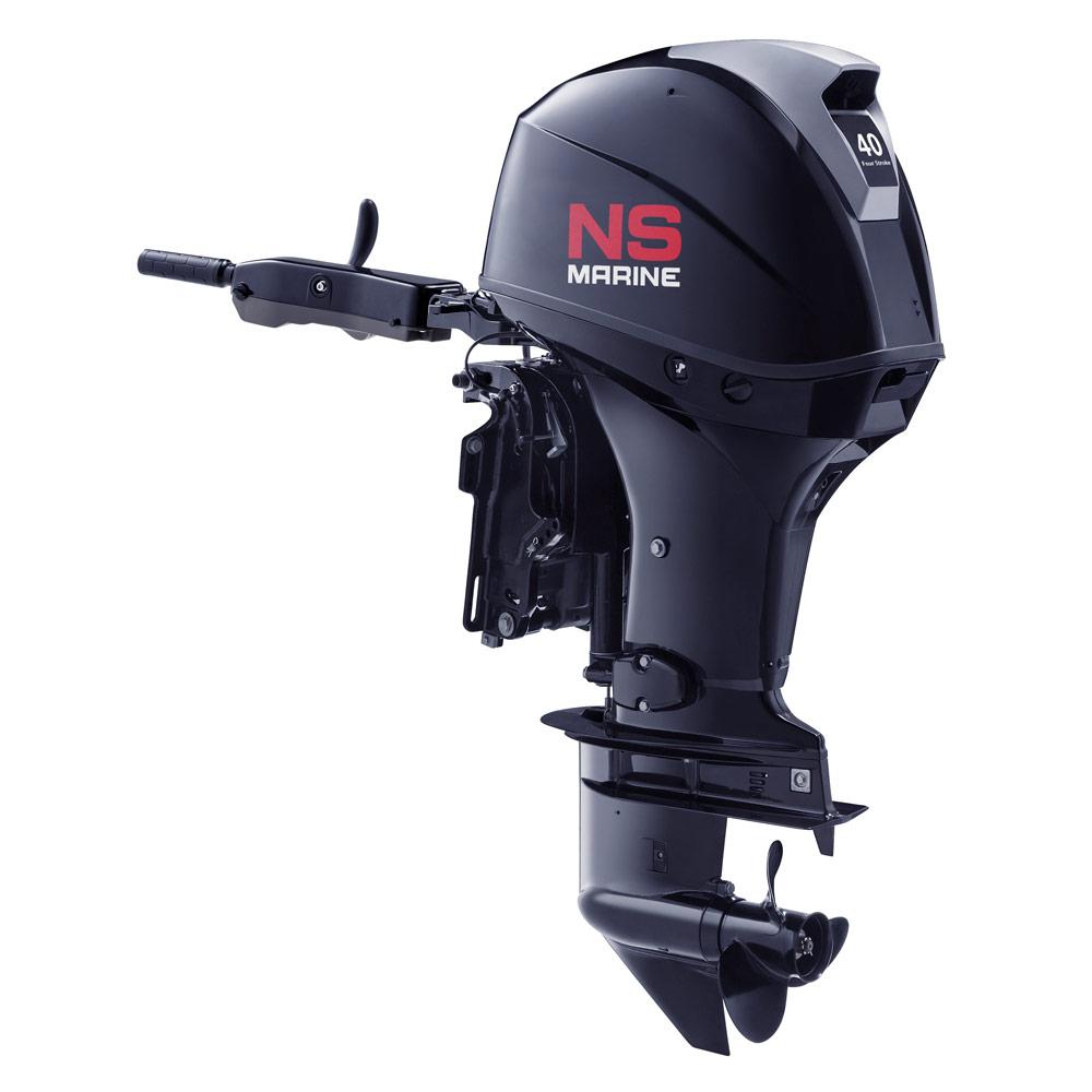 Лодочный мотор 4-х тактный NS Marine NMF 40 A ETLПодвесные моторы<br>Эргономичный дизайн ручки румпеля позволяет легко управлять лодкой, что создает дополнительное удобство управления и комфорта. Управление гидроподъемом, контроль вращения винта, а также сигнальные лампы двигателя обеспечивают дополнительное удобство при э...<br>