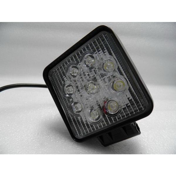 Фара DA С/Д 1007-A-27W spot beamСветовые приборы<br>Светодиодная фара квадратной формы. Фара может работать с различными напряжениями.<br>