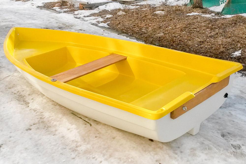 продажа гребных пластиковых лодок