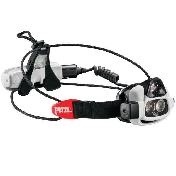 Фонарь налобный Petzl НАО E36Фонари налобные<br>Автоматически регулирует яркость двух мощных светодиодов в зависимости от окружающих условий. Больше удобства, полная свобода рук и увеличенное время работы аккумулятора! NAO – первый налобный фонарь Petzl с технологией REACTIVE LIGHTING: встроенный сенсо...<br>