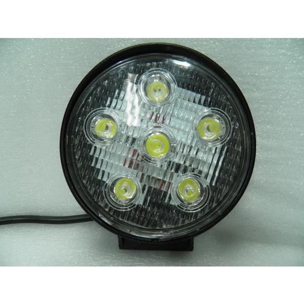 Фара DA С/Д 2003-18W spot beamСветовые приборы<br>Круглая светодиодная фара с 6 LED лампами. Каждая лампа имеет мощность 3W.<br>