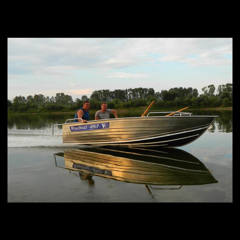 моторная лодка серебрян