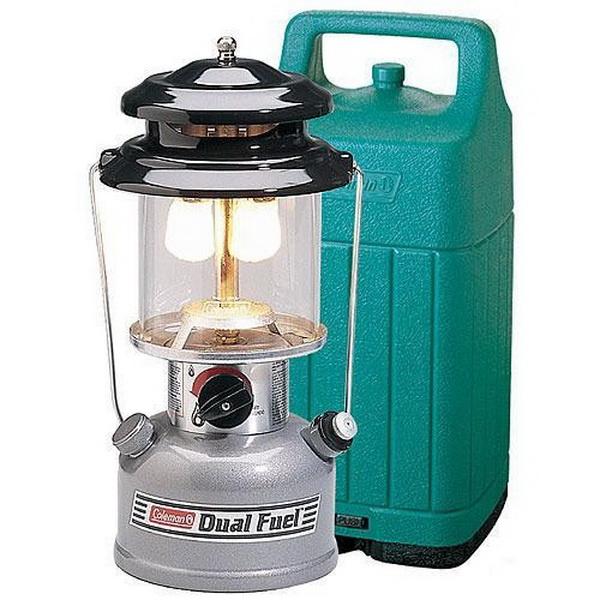 Лампа Camping (Coleman) на жидком топливе с кейсом DF (285 серия)Горелки<br>Лампа Camping (Coleman) –  очень яркая и безопасная бензиновая лампа. Соотношение цены и качества порадует любого покупателя. Лампа превосходно работает в любой мороз, не коптит, не оставляет гари и неприятного запаха.<br>