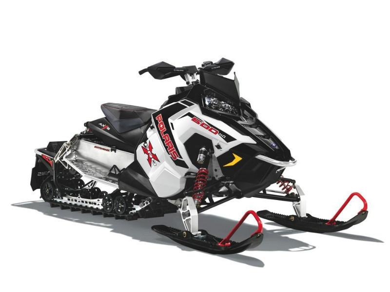 СнегоходPolaris 600 Switchback Pro-X white 2015Снегоходы<br>Многофункциональный спортивный снегоход. Имеет уникальную подвеску Pro-Ride, независимую переднюю и прогрессивную заднюю со спортивными амортизаторами, а также измененное современное управление для максимально комфортной управляемости агрегатом.<br>