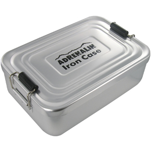 Миска-контейнер для хранения пищи Adrenalin Iron Case WhiteПосуда туристическая<br>Контейнер из анодированного алюминия Iron Case. <br><br>Предназначен для переноски и хранения готовых блюд, также в нем можно разогревать пищу на газовой горелке. Подходит для хранения пищи для 1-2 человек.<br>