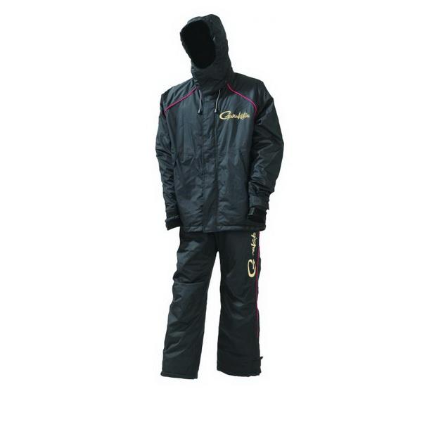 Костюм Gamakatsu Power Thermal SuitsКостюмы/комбинезоны<br>Непродуваемый водо и ветро устойчивый костюм для рыбалки, охоты и туристических походов. Состоит из куртки и брюк, изготовленных из высококачественных мембранных тканей различной плотности.<br>