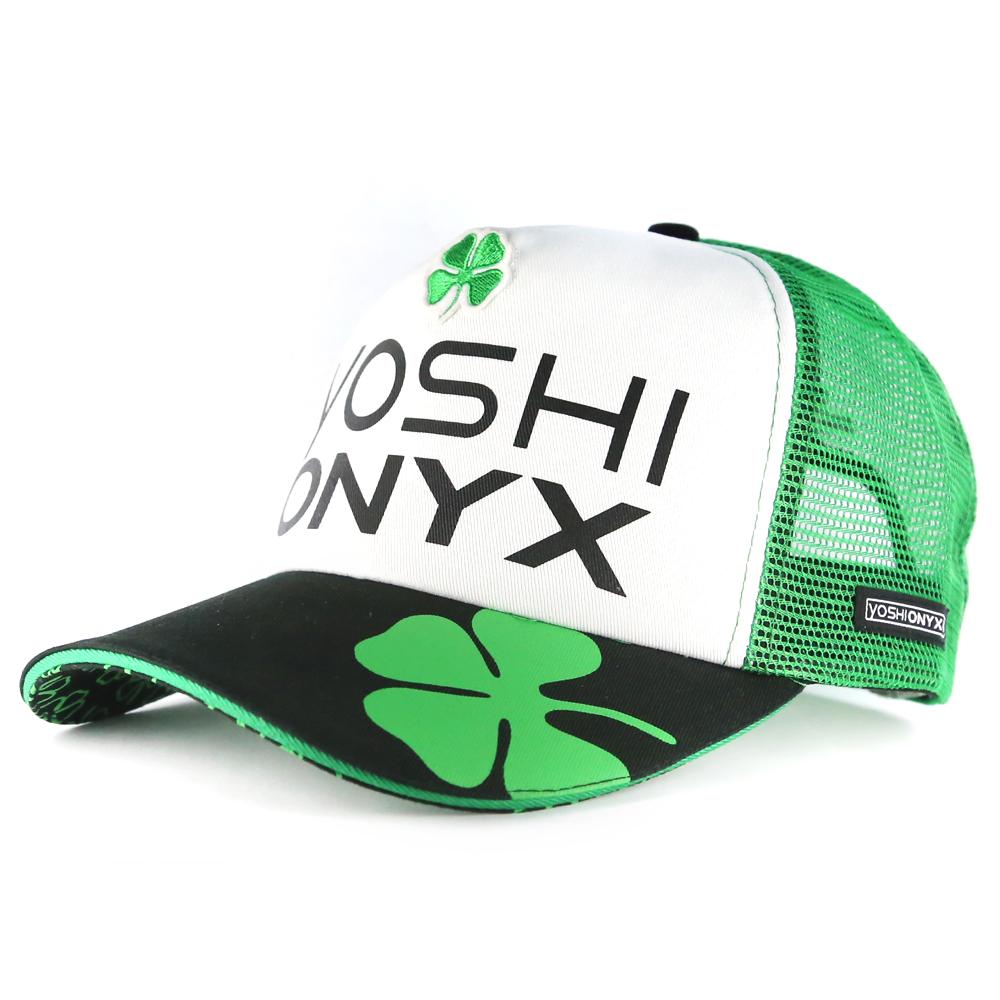 Бейсболка Yoshi Onyx белая с зеленым клевером