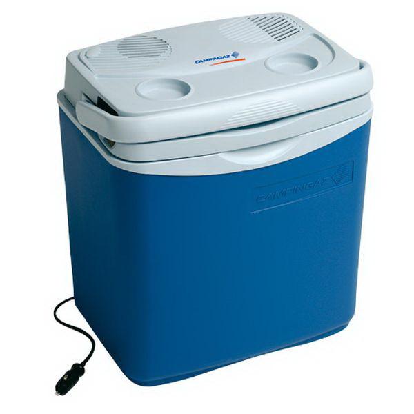 Холодильник CampinGaz Автомоб. Powerbox 24Холодильники<br>Автомобильный холодильник предназначен для хранения продуктов и держит температуру на 16 °C ниже окружающей среды. Крышка имеет два углубления для напитков и ее можно использовать в качестве бокового столика.<br>