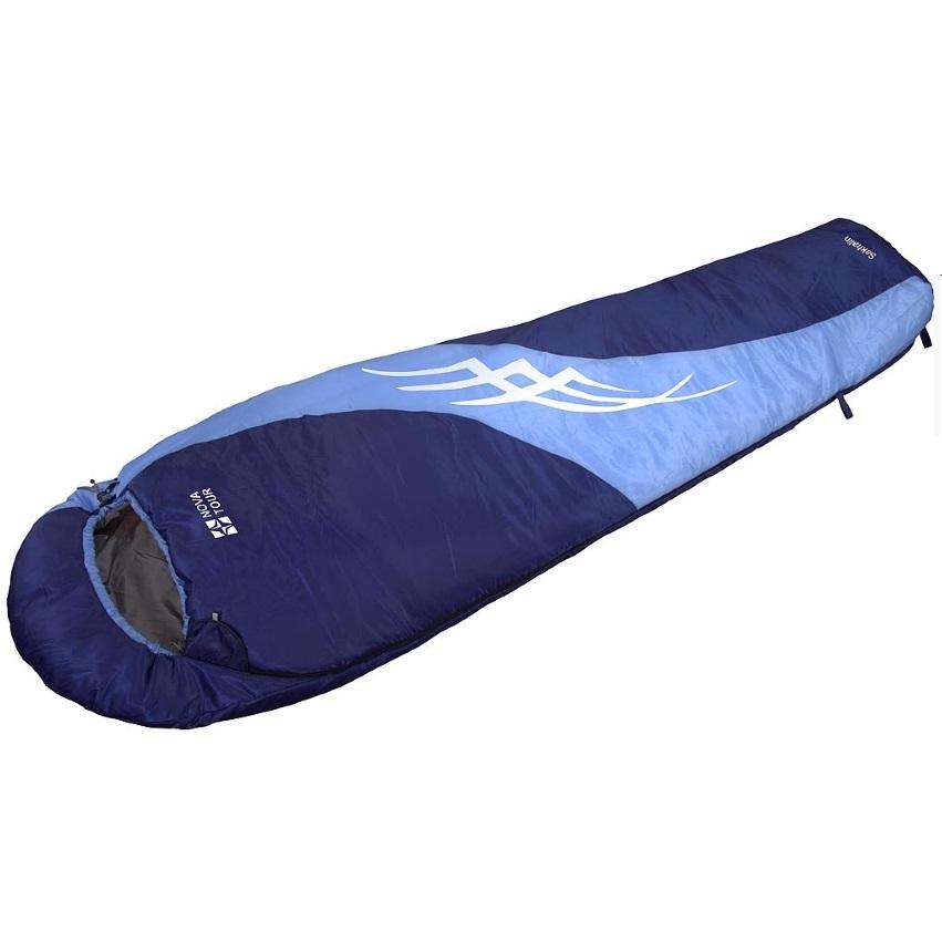 Спальный мешок NovaTour Сахалин Синий/голубойСпальные мешки<br>Легкий спальный мешок для прохладного лета и теплого межсезонья. Разъемные двух замковые молнии L/R позволяют объединить два спальных мешка  левый и правый вариант  в один двойной. Компрессионный мешок в комплекте.<br>