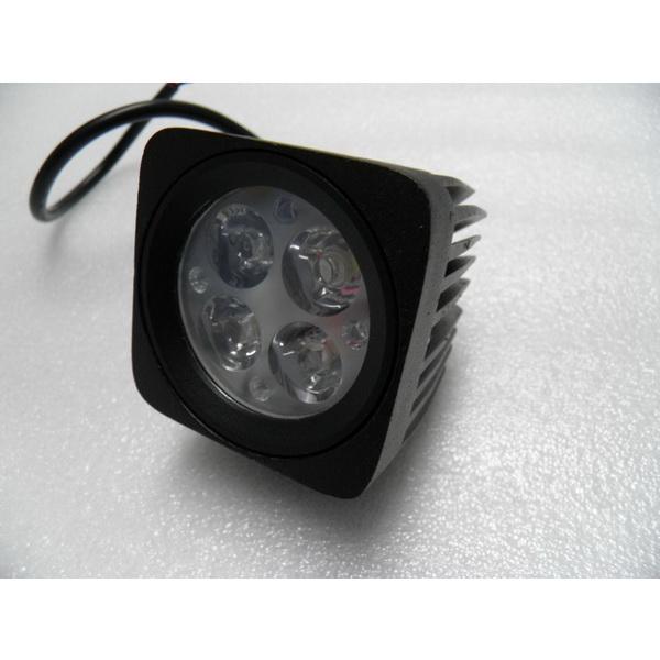 Фара DA С/Д 1023-12W spot beamСветовые приборы<br>Светодиодная фара квадратной формы. Мощность одного диода составляет 3W.<br>