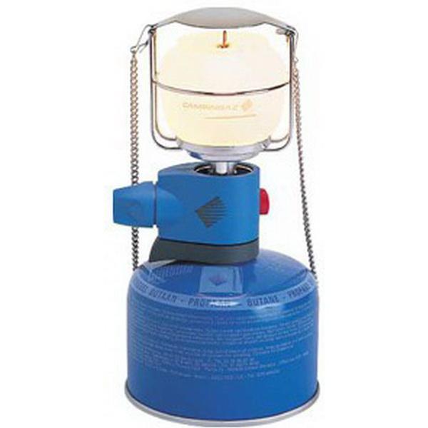 Лампа CampinGaz газовая CG Lumostar Plus PZ (мощн 80W, вес 210г, пьезоподжиг, топливо газовый картридж CV270 plus, CV300 plus, CV470 plus)Лампы кемпинговые<br>Газовая лампа со съемной крышкой для дополнительного удобства. Имеет клапанное соединения с баллонами.<br>