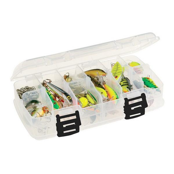 Коробка Plano 3450-22Коробки<br>Коробка для рыболовных принадлежностей, выполнена из ударопрочного пластика, с надежными запорами.<br>