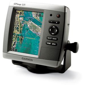 Стационарный GPS навигатор  Garmin GPSMAP 525GPS навигаторы<br>Модель GPSMAP 525 отличается высокопроизводительным процессором, а также самым лучшим VGA дисплеем в линейке. С помощью опционального модуля прибор может представлять навигационную информацию в 3-D режиме.<br>