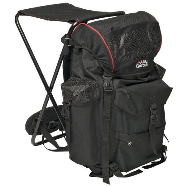 Рюкзак Abu Garcia Rucksack Deluxe 1200628Сумки и рюкзаки<br>Рюкзак со стулом Abu Garcia, изготовлен из влагоустойчивого, прочного материала нейлона, за счёт специального покрытия обладает антипиллинговыми свойствами, что обеспечивает надёжную защиту от механических повреждений и продлевает срок службы изделия.<br>