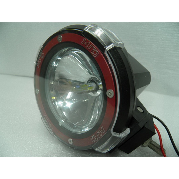 Фара-прожектор DA 4 HID spot 12 VСветовые приборы<br>Фара-прожектор округлой формы. Имеет встроенный блок розжига.<br>
