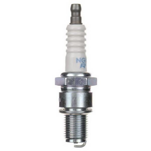 Свеча зажигания NGK BR9ES 3194Свечи зажигания<br>Оригинальная свеча зажигания. Все элементы свечи изготовлены из высококачественных материалов, которые в значительной степени влияют на качество работы.<br>
