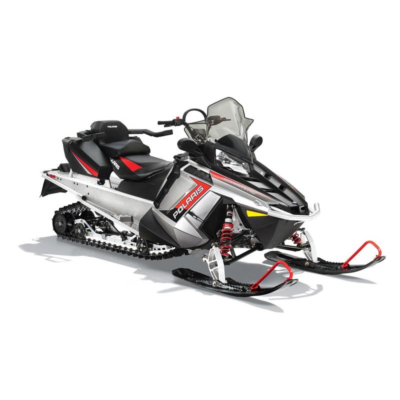 СнегоходPolaris 550 Indy Adventure 155 siver 2015Снегоходы<br>Снегоход с тонкой дюймовой гусеницей, которая прекрасно работает как на глубоком снегу, так и на укатанной трассе. Для обеспечения максимального комфорта водителю, рулевое управление устанавливается в одно из пяти форсированных положений.<br>