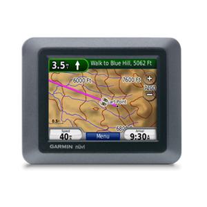 Автонавигатор Garmin Nuvi 500GPS навигаторы<br>Garmin Nuvi 500 - 3.5-дюймовый водонепроницаемый дисплей и корпус, компас, запись маршрута, съёмный аккумулятор. Garmin Nuvi 500 можно использовать как для автомобильных поездок, так и для пеших прогулок.<br>